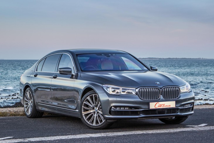 Bmw 750li Design Pure Excellence 2017 Quick Review Carscoza