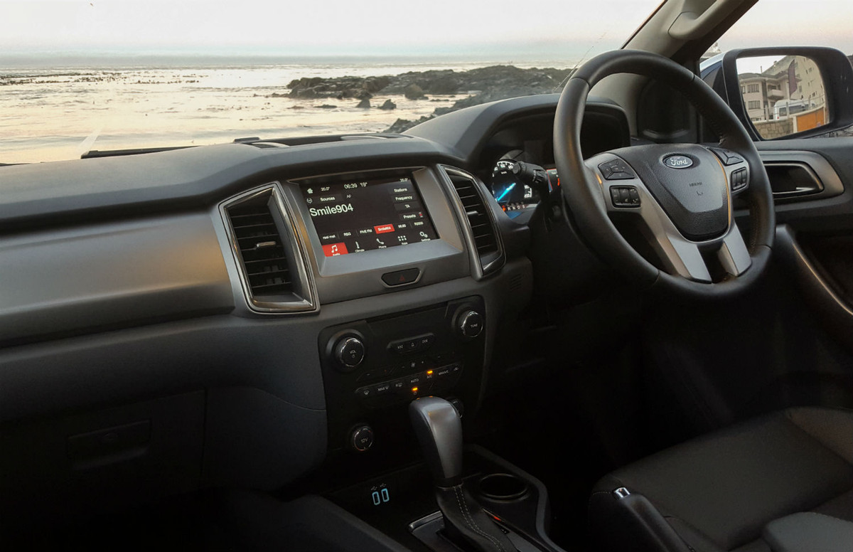 Ford Everest 2 2 Xlt Automatic 2017 Quick Review Cars