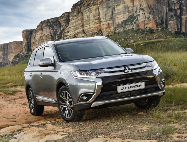 mitsubishi outlander 2.4 gls exceed 4wd cvt (2017) review - cars.co.za