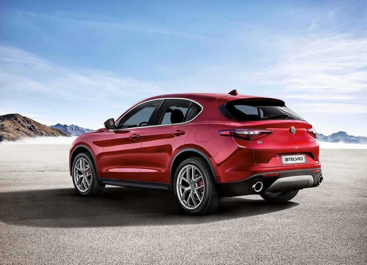 Alfa Romeo Stelvio: Order Books Open in SA - Cars.co.za