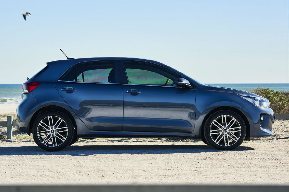Kia Rio (2017) Specs & Price - Cars co za
