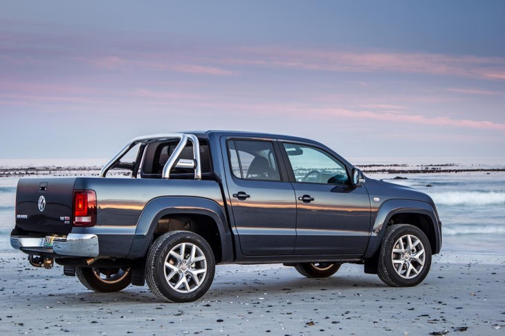 cde1077ab628a4 Volkswagen Amarok 3.0 V6 TDI Highline Plus (2017) Review  with Video ...