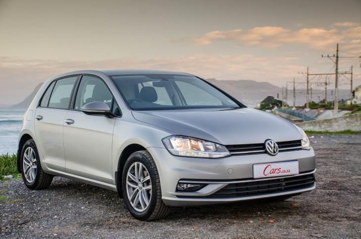 volkswagen golf 1.0 tsi comfortline (2017) quick review - cars.co.za