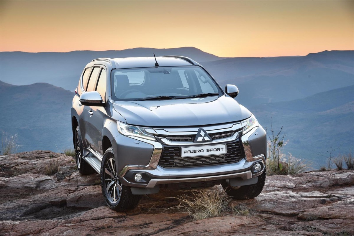 mitsubishi pajero sport arrives in sa. Black Bedroom Furniture Sets. Home Design Ideas