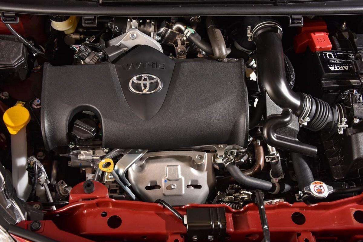 Toyota Yaris 1 5 Pulse (2017) Quick Review - Cars co za