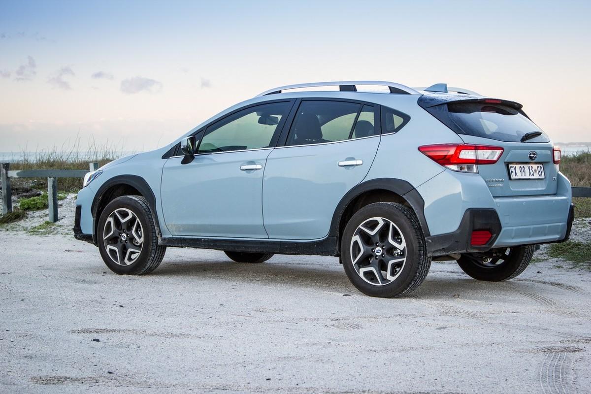 Subaru XV 2.0i-S ES (2017) Review - Cars.co.za
