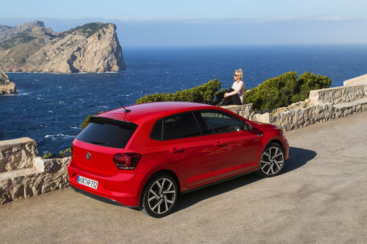 The all-new Volkswagen Polo is now available in South Africa! Take a look  at specification and pricing details for the new Polo below! 795e6e0731c61