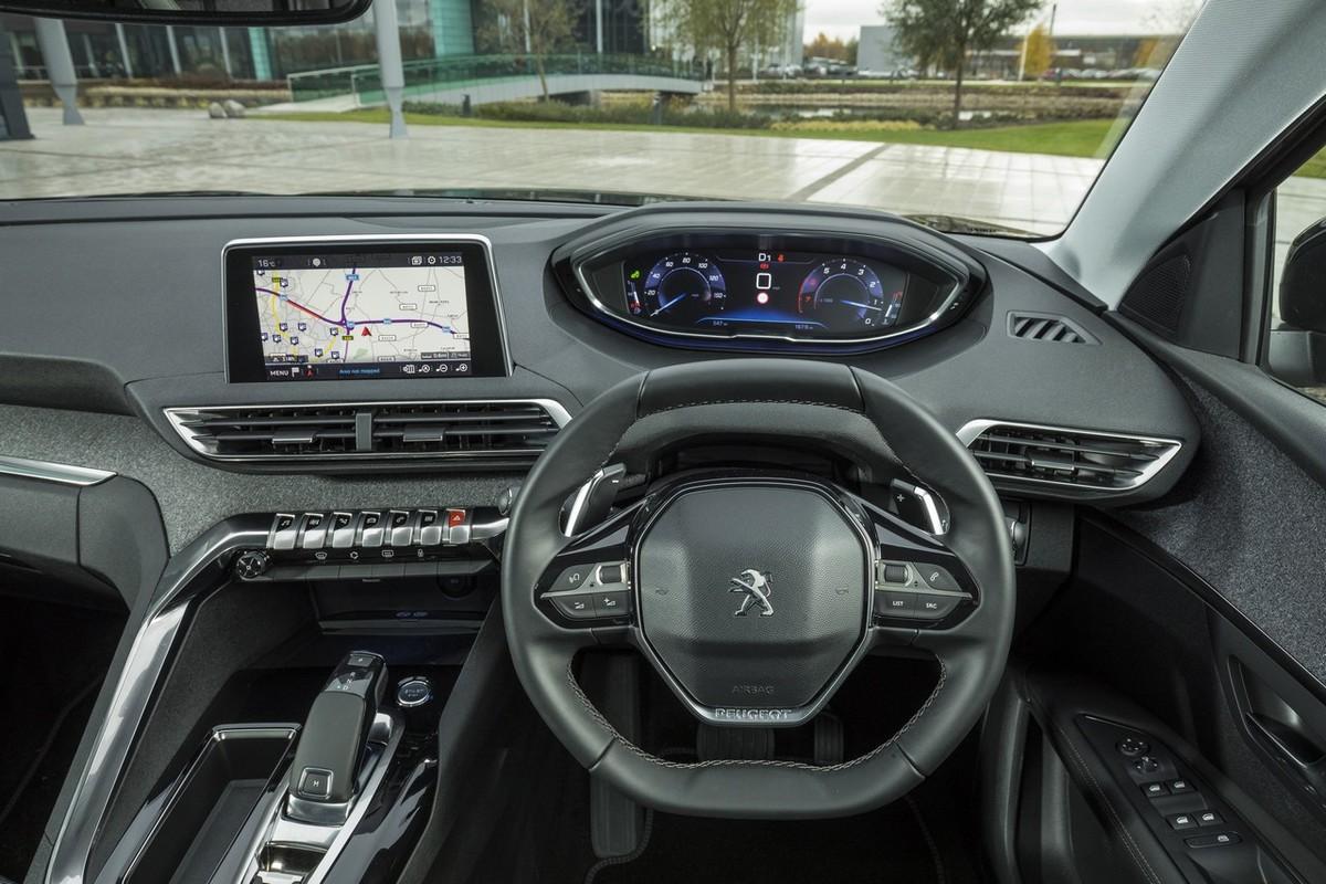 peugeot 3008 1.6 gt-line auto (2017) review - cars.co.za