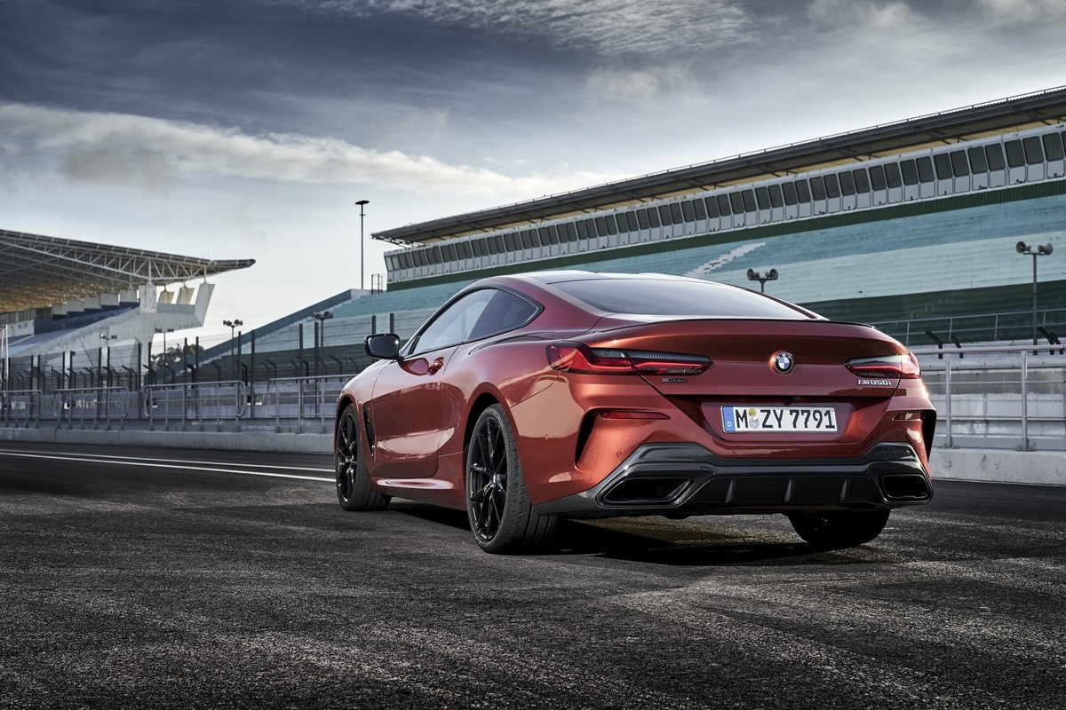 BMW M850i xDrive Coupe (2019) International Launch Review