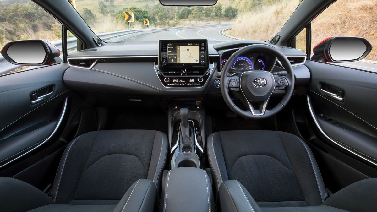 Toyota Corolla Hatchback (2019) International Launch Review