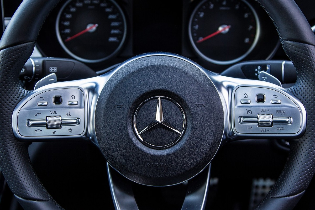 Mercedes Benz C180 2018 Quick Review Cars Co Za