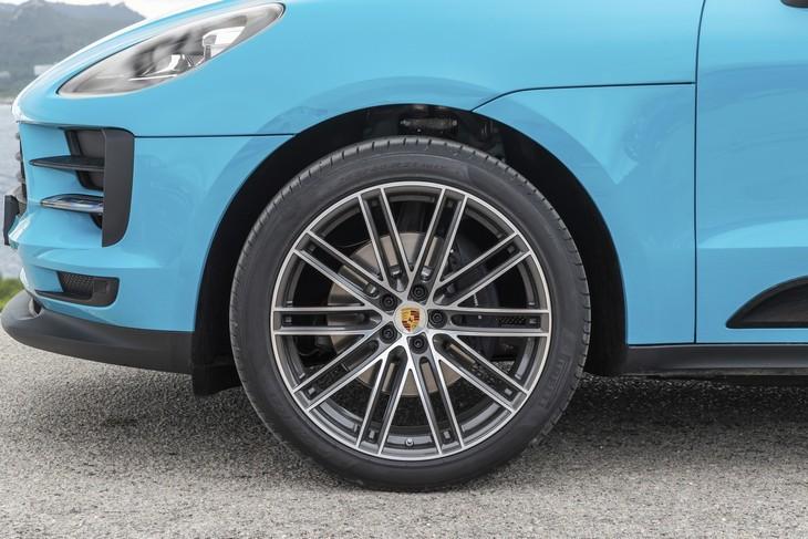 Porsche Macan (2019) International Launch Review - Cars co za