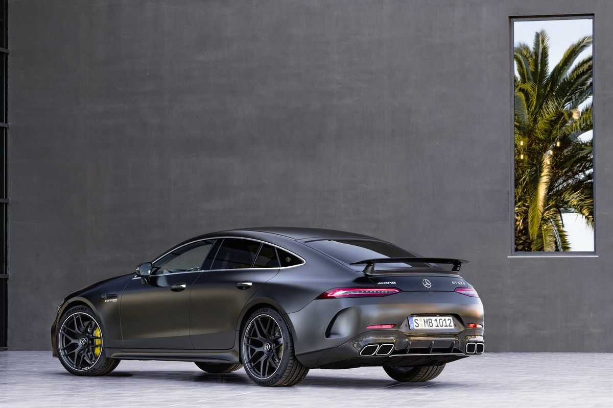 mercedes-amg's 4-door gt 4 door revealed - cars.co.za