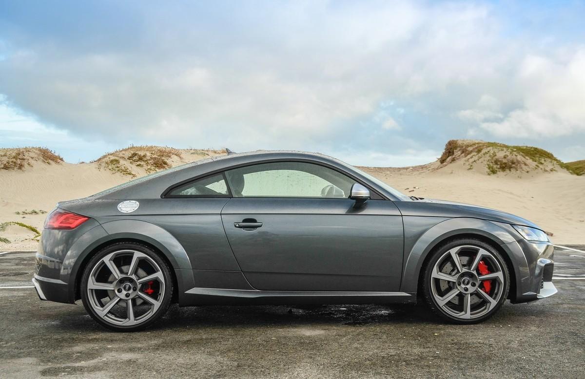 מודרני Audi TT RS (2018) Review - Cars.co.za SR-51