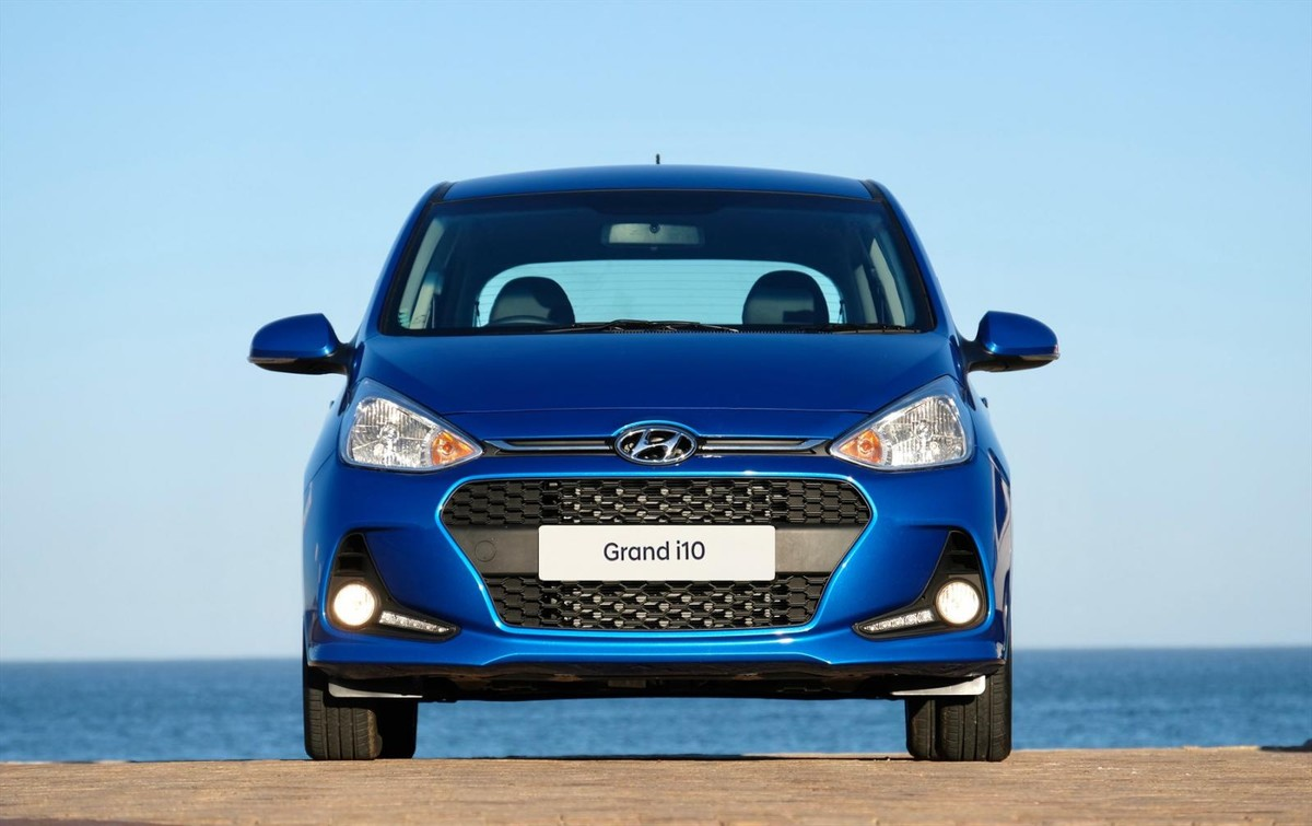 Hyundai Grand I10 2018 Specs Price Cars Co Za