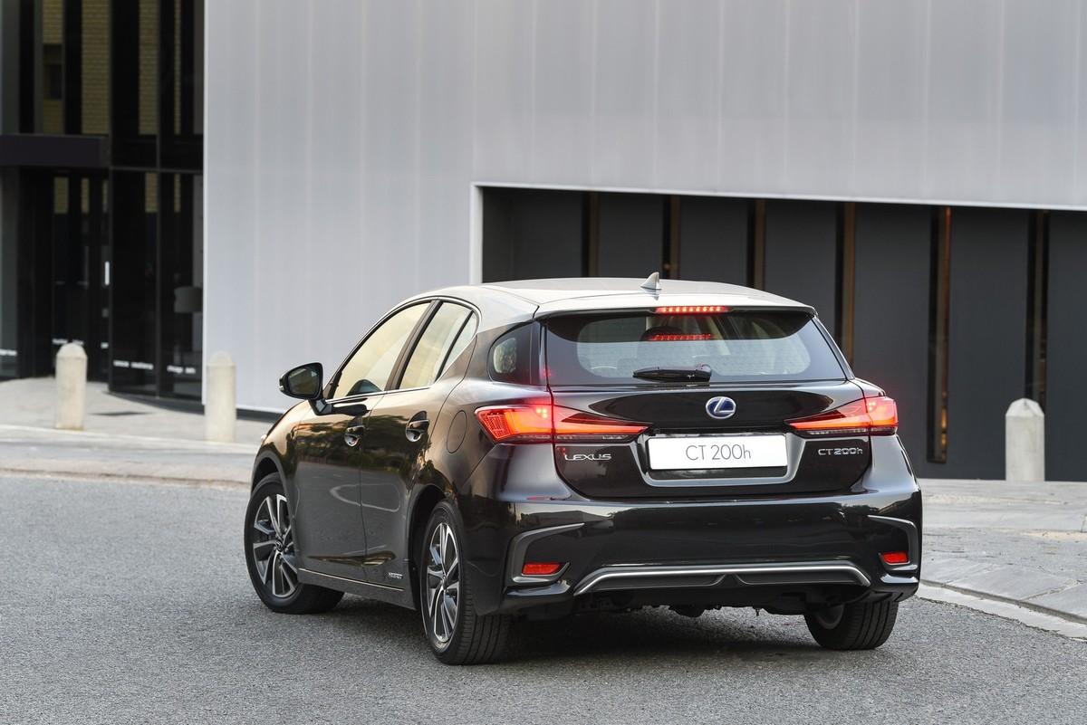 Lexus Ct200h Facelift 2018 Launch Review Cars Co Za