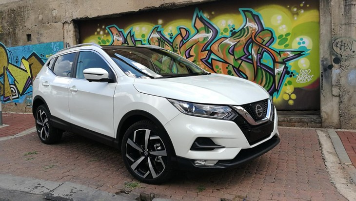 facelifted nissan qashqai 2018 launch review. Black Bedroom Furniture Sets. Home Design Ideas