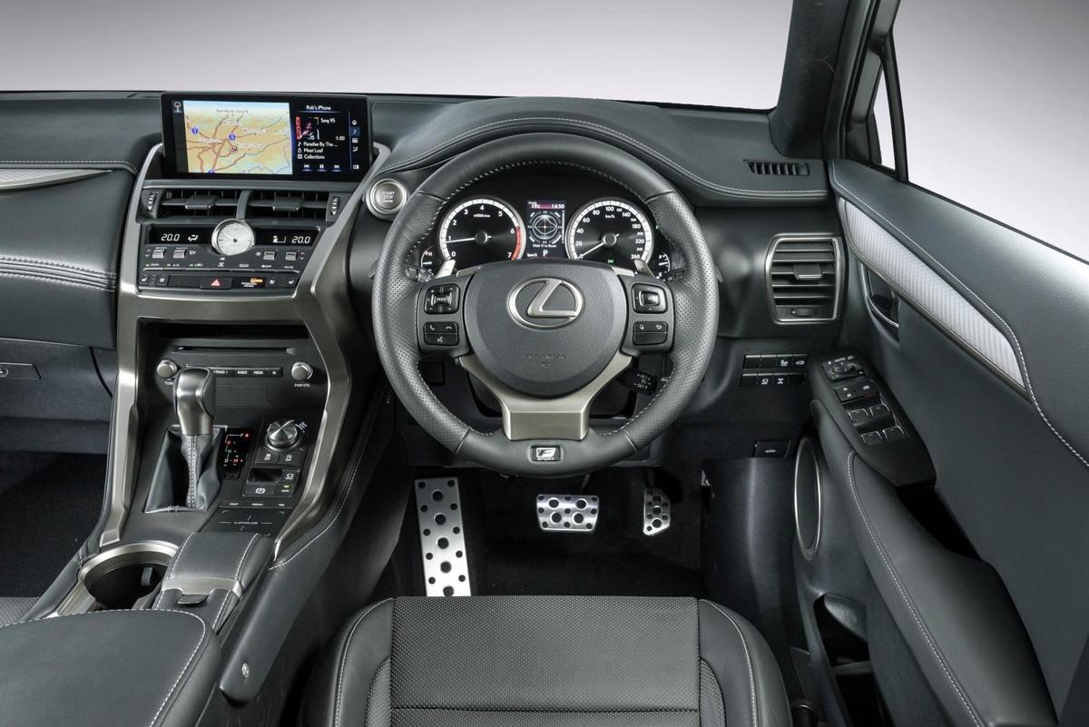 Lexus NX300 F-Sport (2018) Review