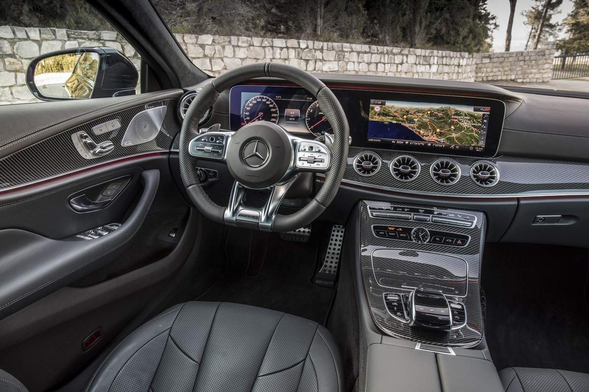 Mercedes Amg Cls 53 2018 Launch Review Cars Co Za