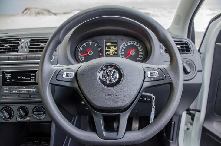 Volkswagen Polo Vivo 1 4 Comfortline (2018) Review - Cars co za