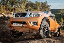 Nissan Navara Off Roader At325