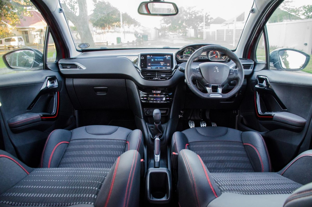 https://img-ik.cars.co.za/images/2018/4/Peugeot%20208%20GT-Line%20Quick%20Review/tr:n-news_1200x/DSC_4621.jpg