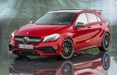 Mercedes Benz A45 AMG 4Matic1