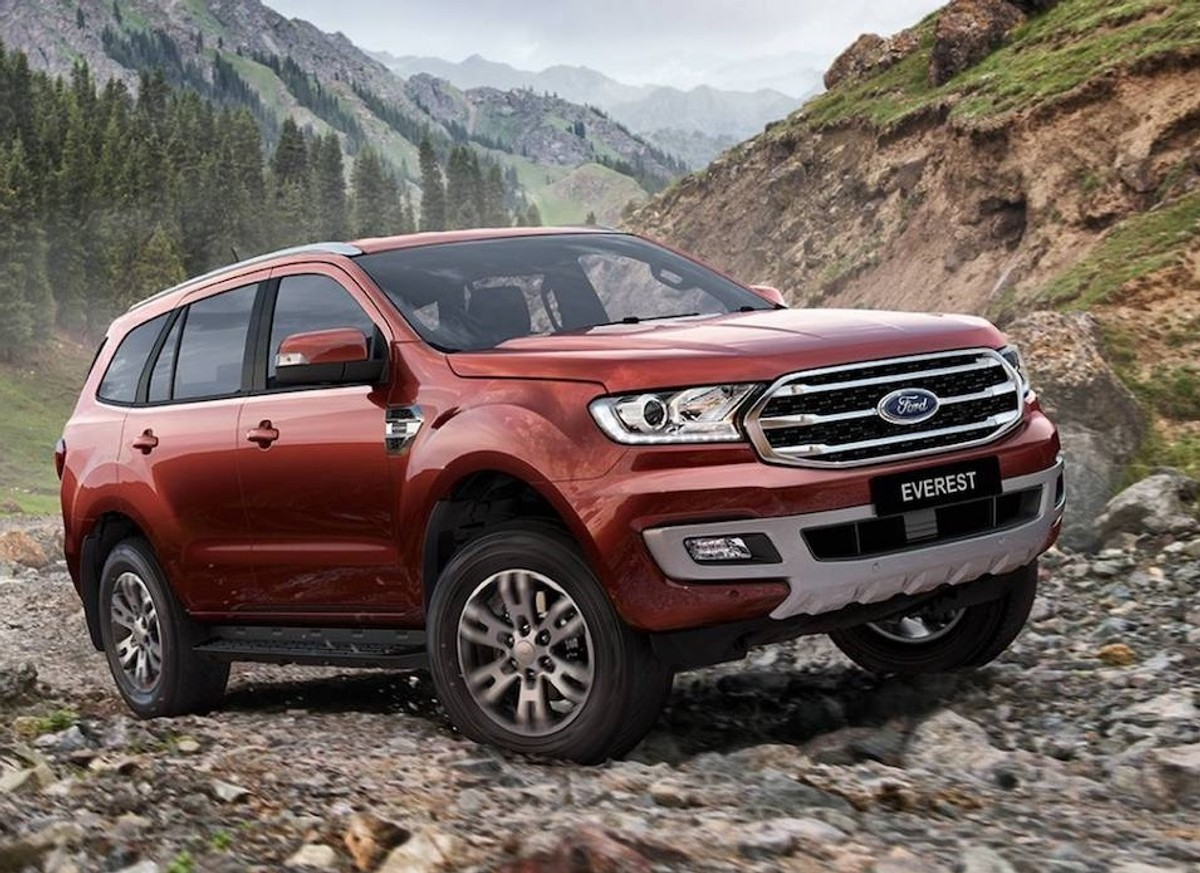 ford everest to be updated now features raptor engine. Black Bedroom Furniture Sets. Home Design Ideas