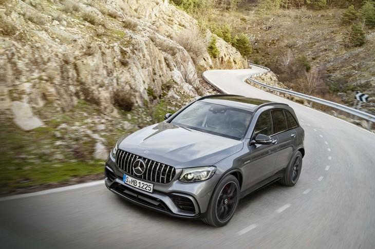 https://img-ik.cars.co.za/images/2018/5/MercGLC63/tr:n-news_large/MERCGLC636.jpg