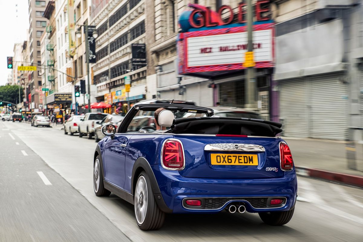 Mini Cooper Facelift (2018) International Launch Review - Cars co za