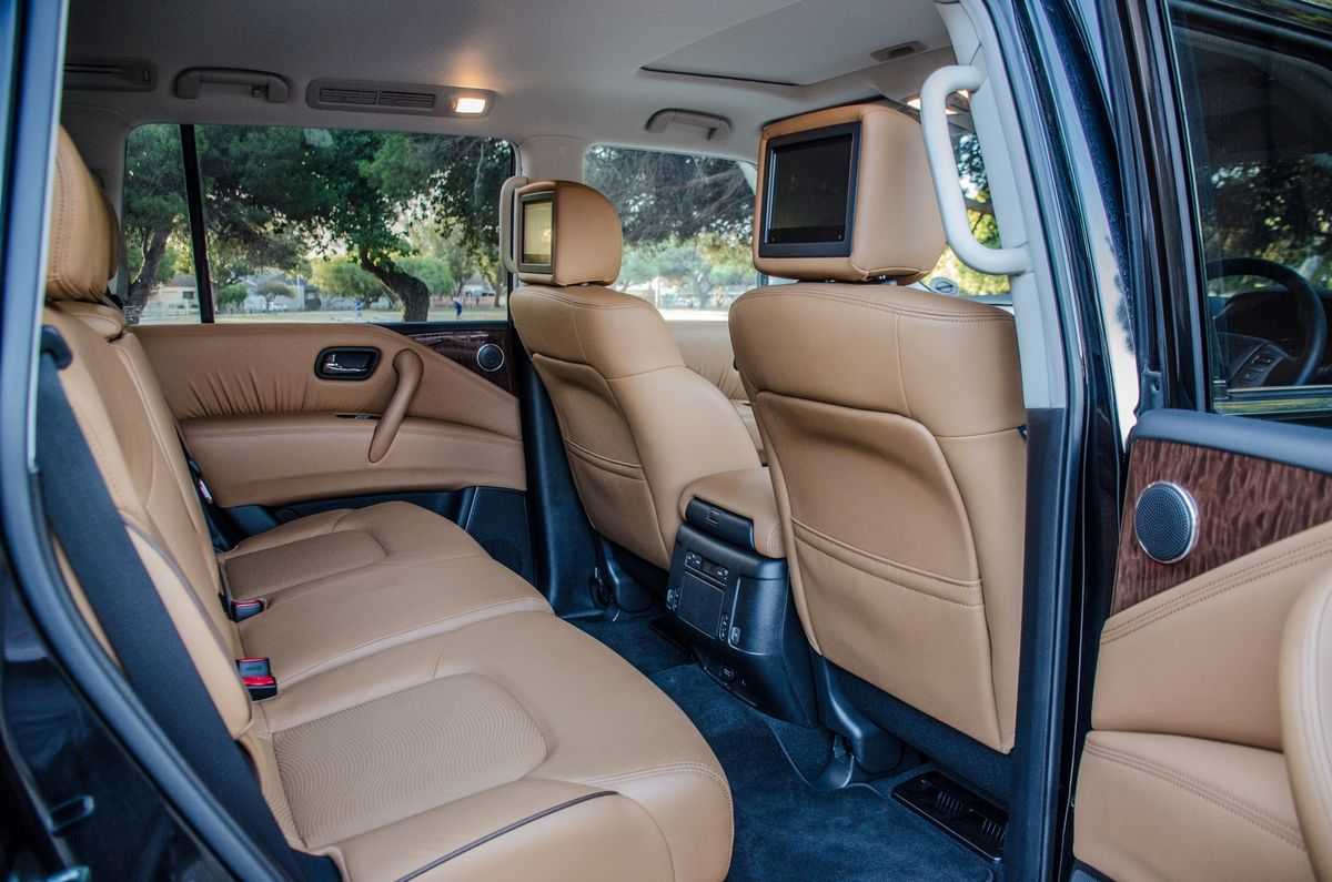 Nissan Patrol 5 6 LE Premium (2018) Review - Cars co za