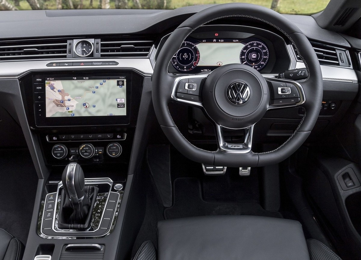 volkswagen arteon 2018 specs price. Black Bedroom Furniture Sets. Home Design Ideas