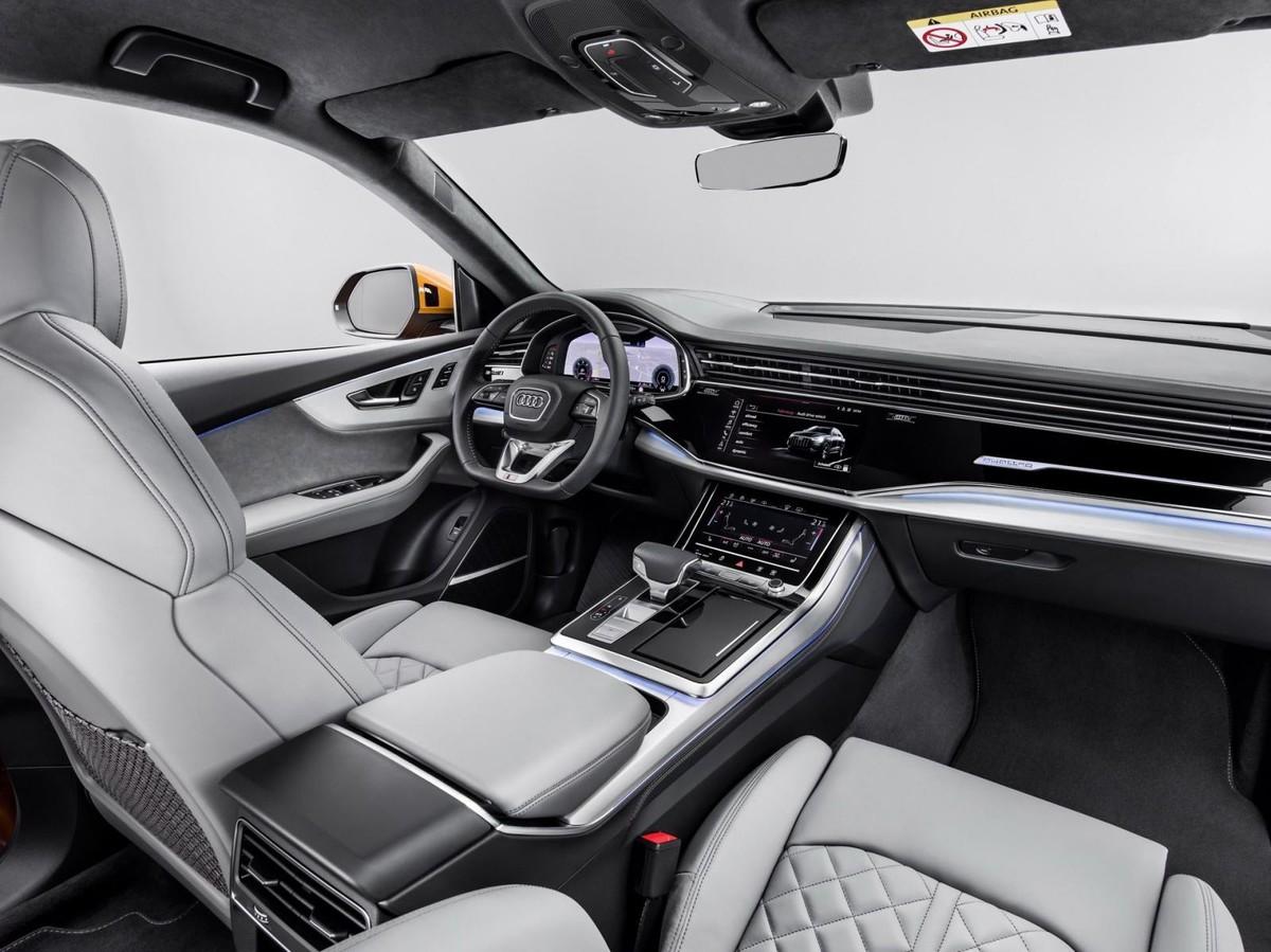 Flagship Audi Q8 Revealed Wvideo Carscoza