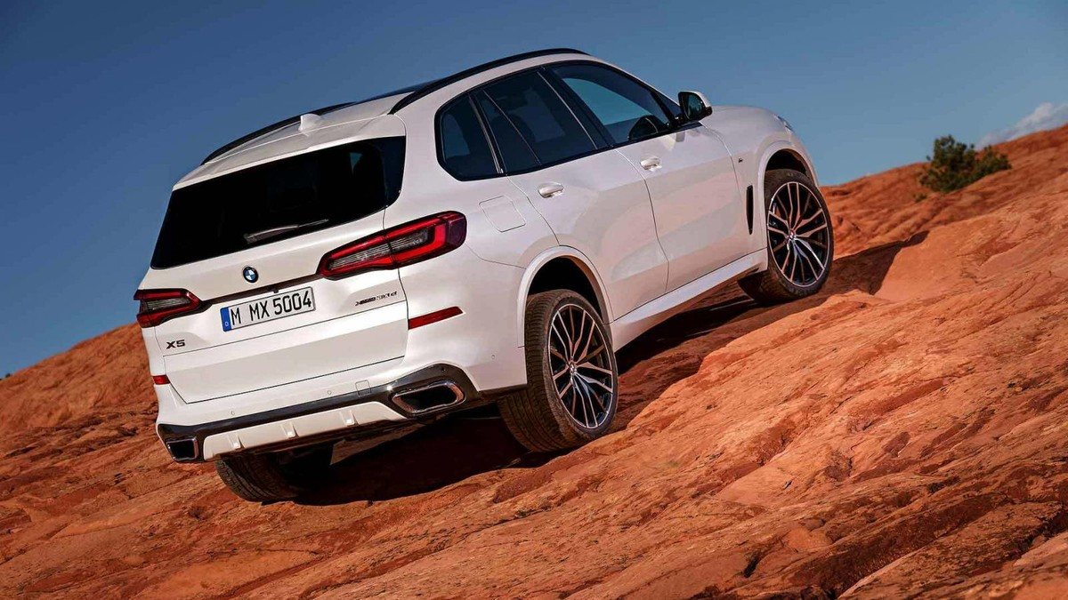 bmw s all new 4th generation x5 has launched in south africa with a host of new technologies take a look at what you can expect from the new x5 below
