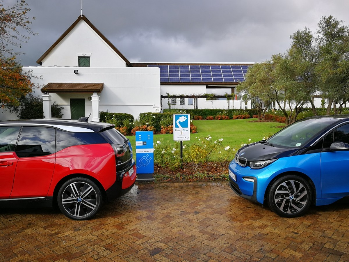 Bmw I3 And I8 Roadster 2018 Launch Review Cars Co Za