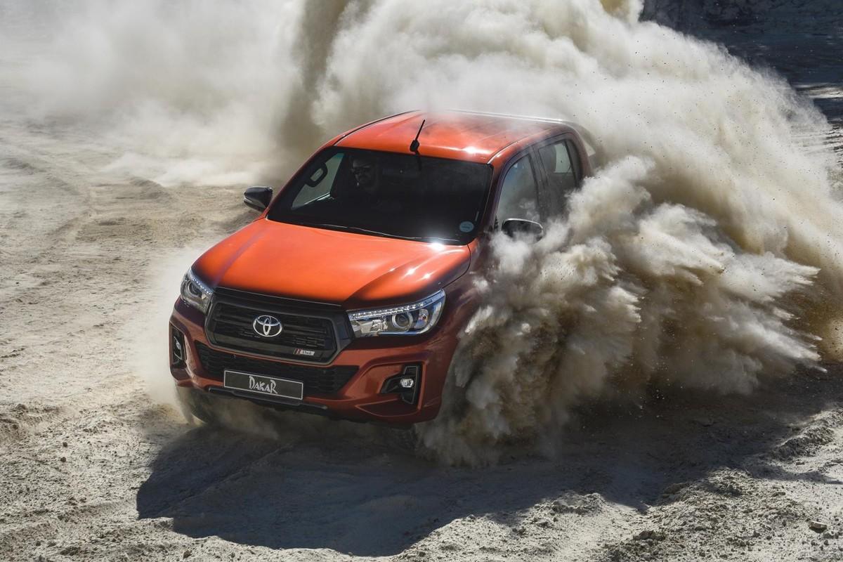 Toyota Hilux Dakar Edition 2018 Launch Drive W Video Cars Co Za