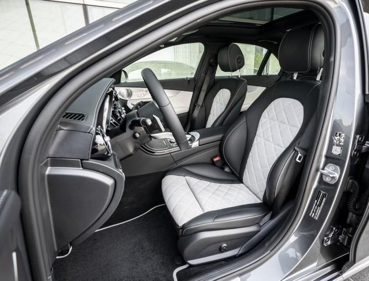Mercedes-Benz C-Class (2018) Launch Review - Cars co za