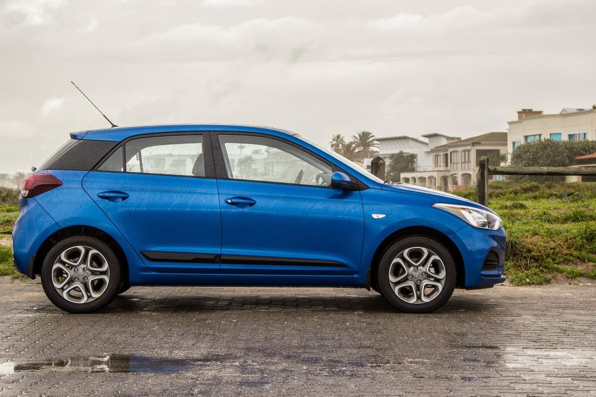 Hyundai I20 1 2 Fluid 2018 Review Cars Co Za