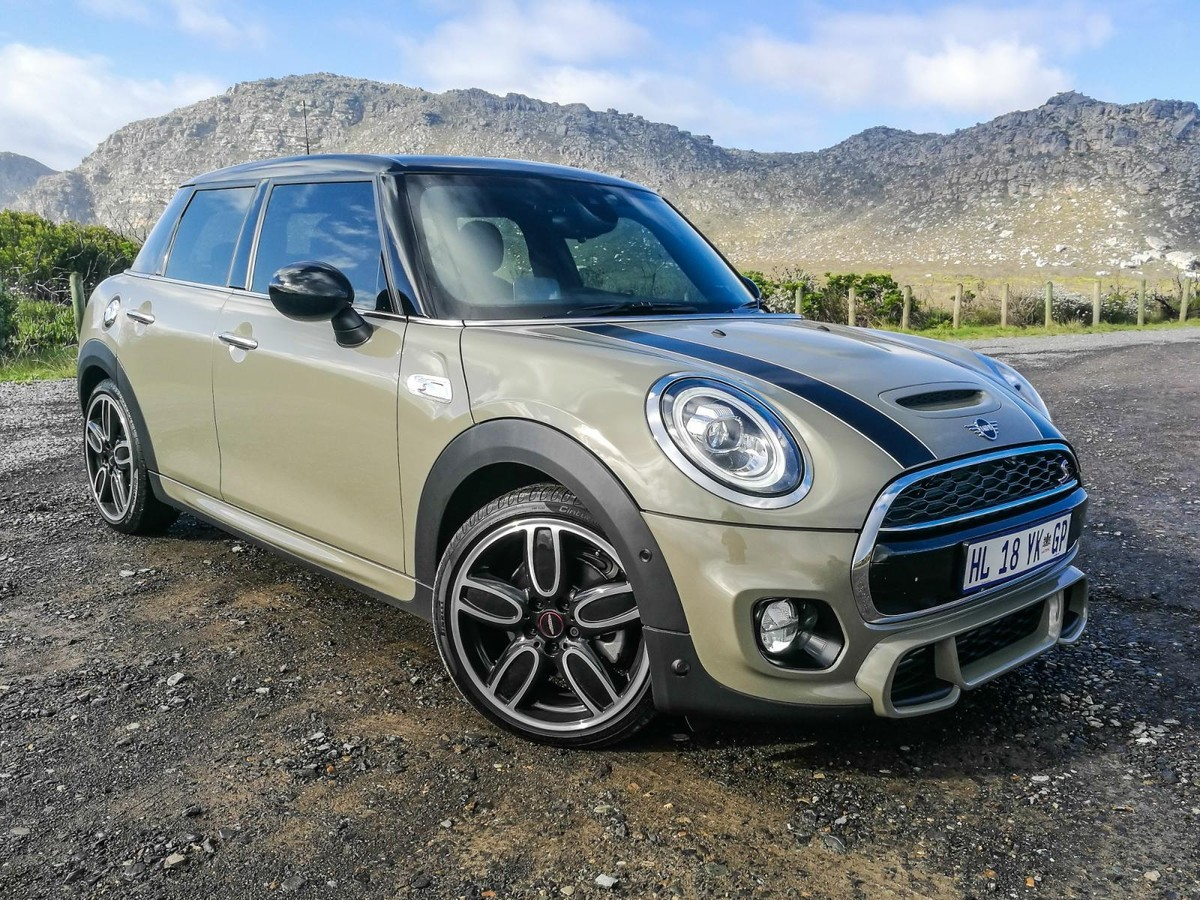Updated Mini Cooper 2018 Launch Review Carscoza