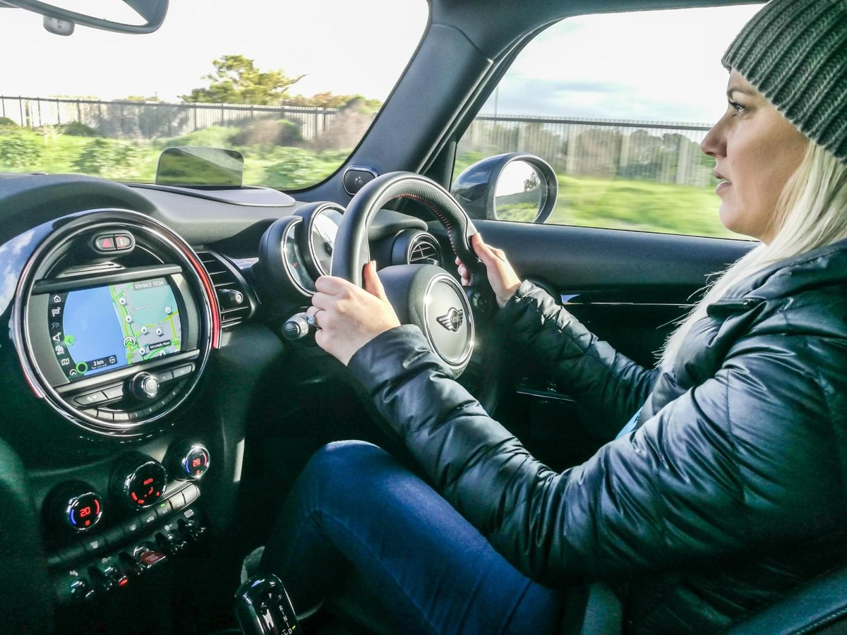 Updated Mini Cooper 2018 Launch Review Car Audio We Had A Taste Of The Latest Iteration In Mallorca Spain Earlier This Year But Fun Loving Has Now Arrived South Africa To