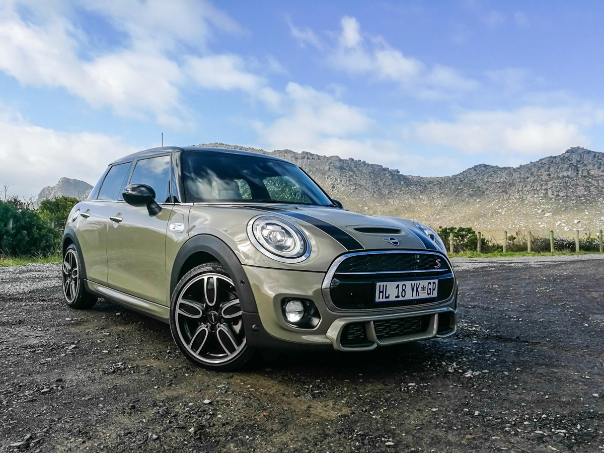 Updated Mini Cooper (2018) Launch Review