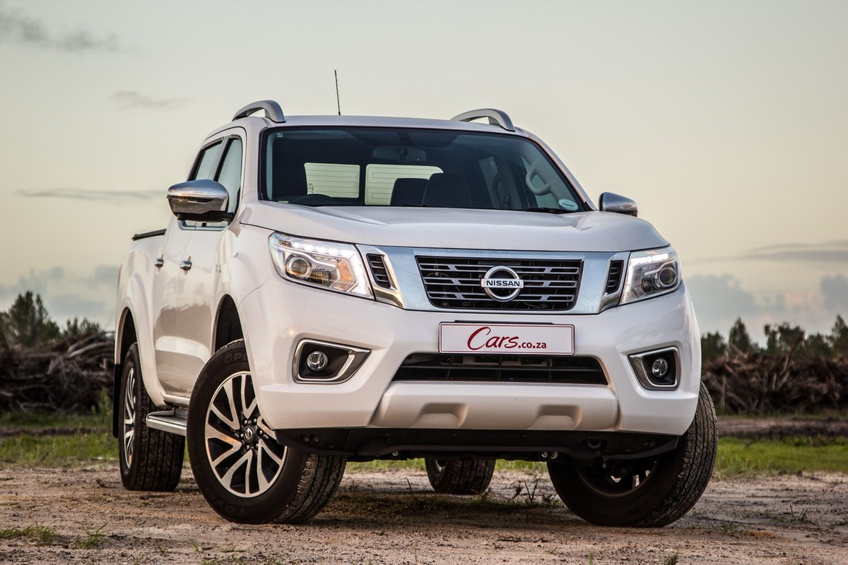 nissan navara 2 3d double cab le auto 2018 quick review. Black Bedroom Furniture Sets. Home Design Ideas