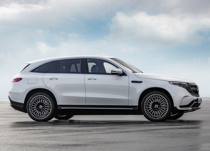Mercedes Benz Reveals Eqc Cars Co Za