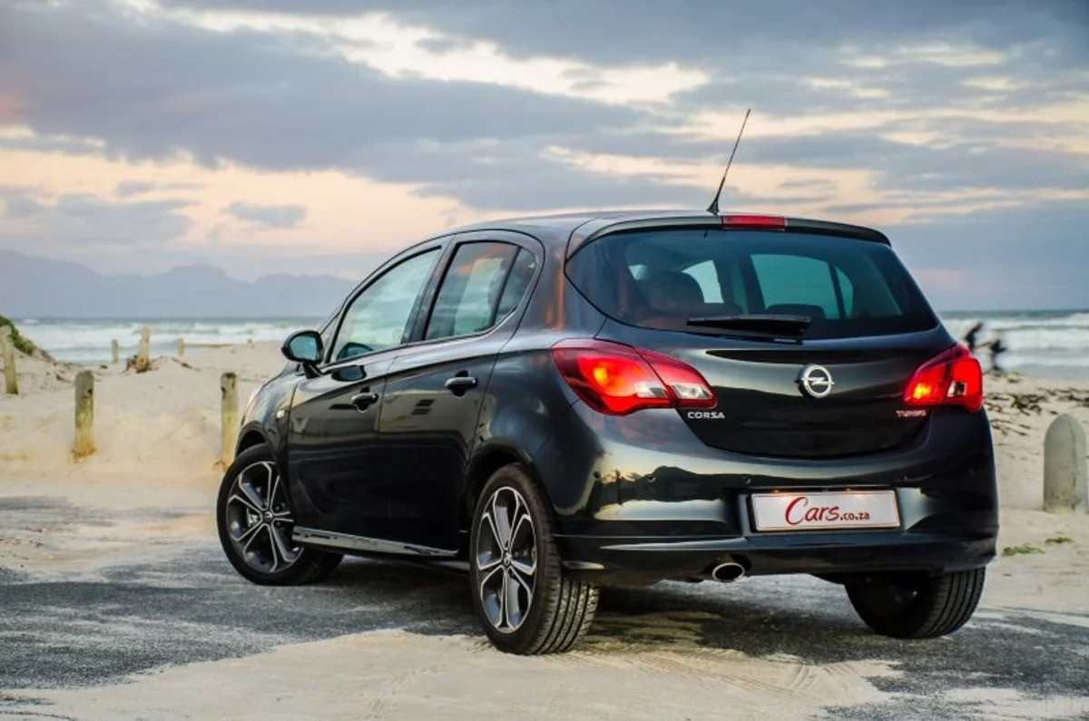 Opel Corsa 1.4 Turbo Sport (2018) Quick Review