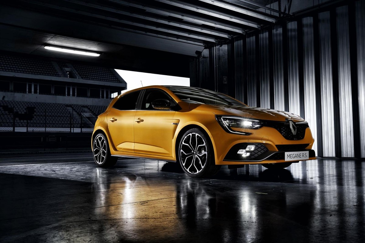 New Renault Megane (2018) Specs & Price - Cars.co.za