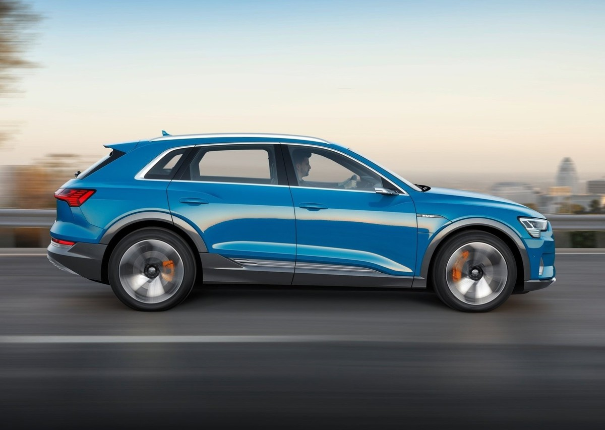Audi Etron What It Means For SA Carscoza - Audi electric cars