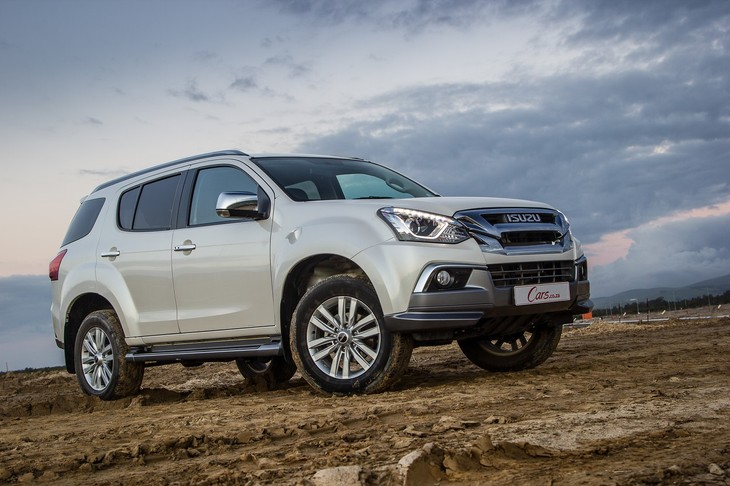 Isuzu Mu X 3 0 4x2 2018 Quick Review Cars Co Za