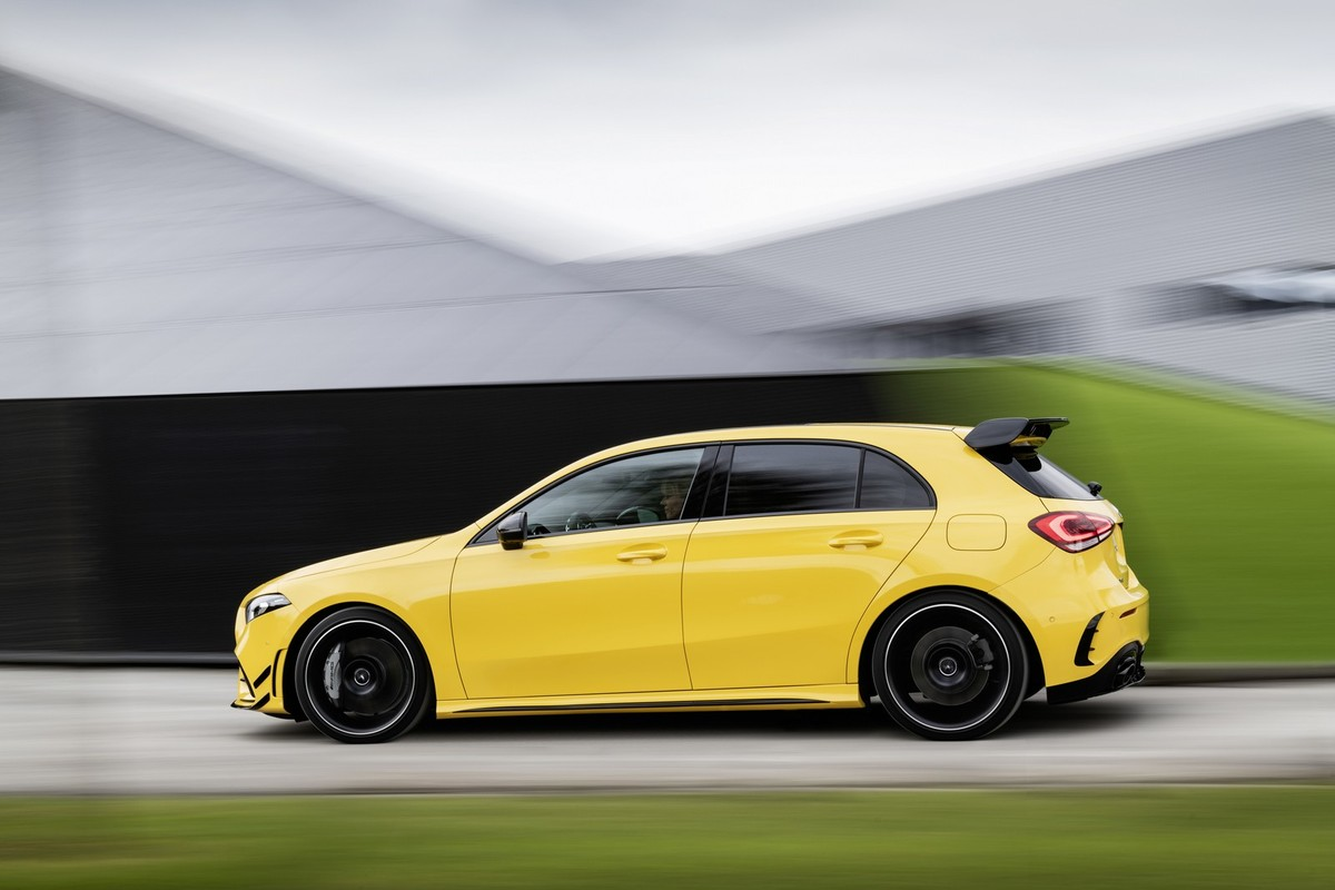 Mercedes-AMG A35: A true Golf R rival - Cars co za