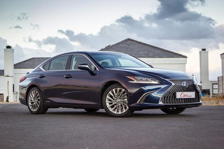 Lexus ES 1