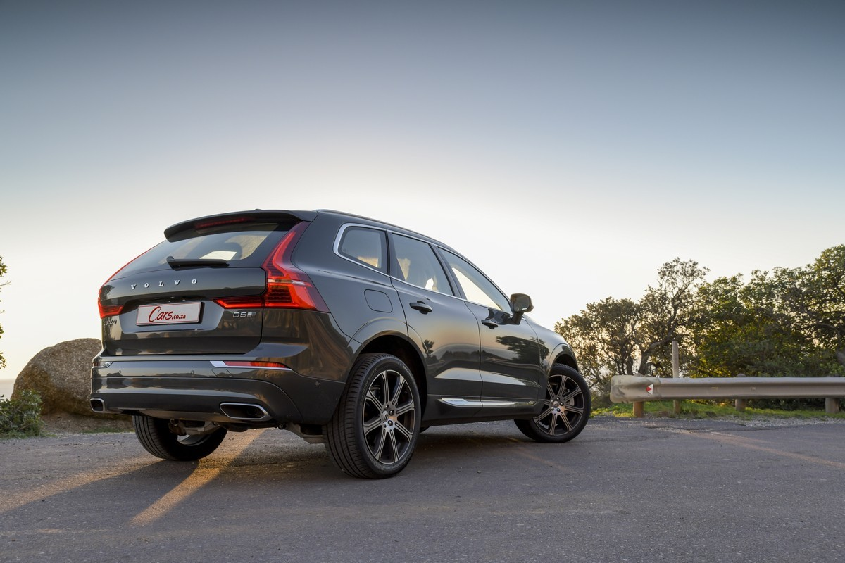 Volvo XC60 D5 AWD Inscription (2018) Review [w/Video] - Cars